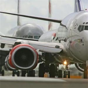 New Heathrow Airport runway plans gain industry backing